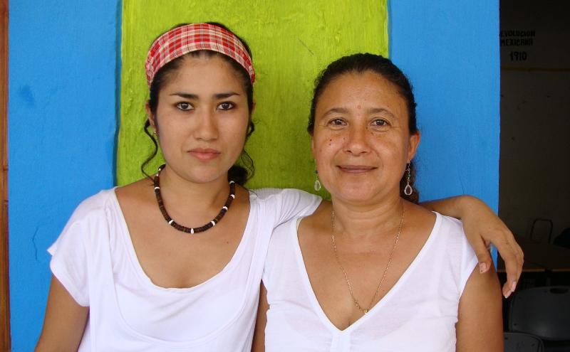 Daniela García Rodríguez, Eva Zárate Betancourt