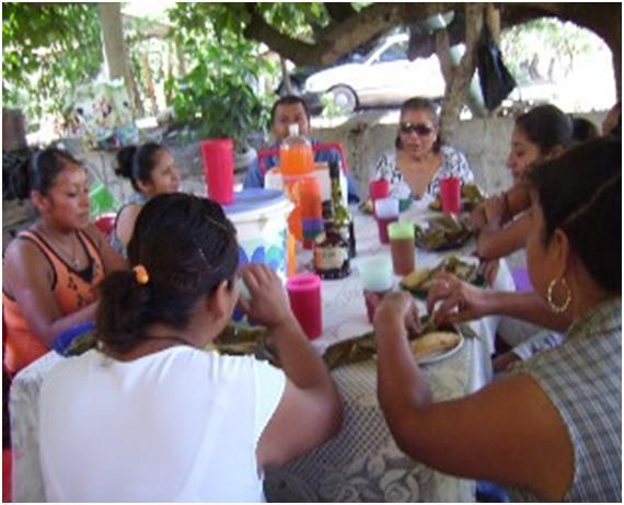 Se realizo un convivió en agradecimiento a la comunidad (Foto: Ana Bertha Evangelio)