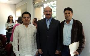 Manuel Sol Rodríguez y Ricardo Flores Rodríguez, Universidad Veracruzana, con Rafael López Castañares, Secretario General Ejecutivo de la ANUIES