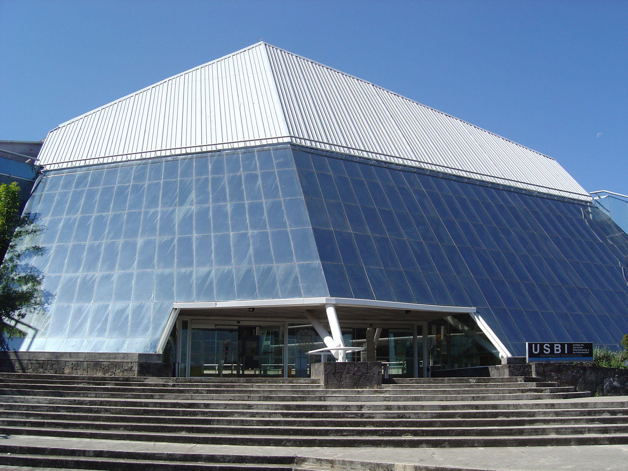 Sedes c tedra carlos fuentes for Universidades en xalapa