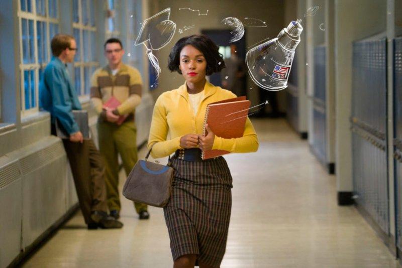 Dos Imágenes extraídas de la película Talentos Ocultos deTheodore Melfi. Aquí se cuenta la historia de tres científicas afroamericanas que trabajaron para la NASA a comienzos de la década de 1960