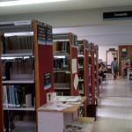 """Interior de la biblioteca """"Ing. Manuel Lima Flores"""""""