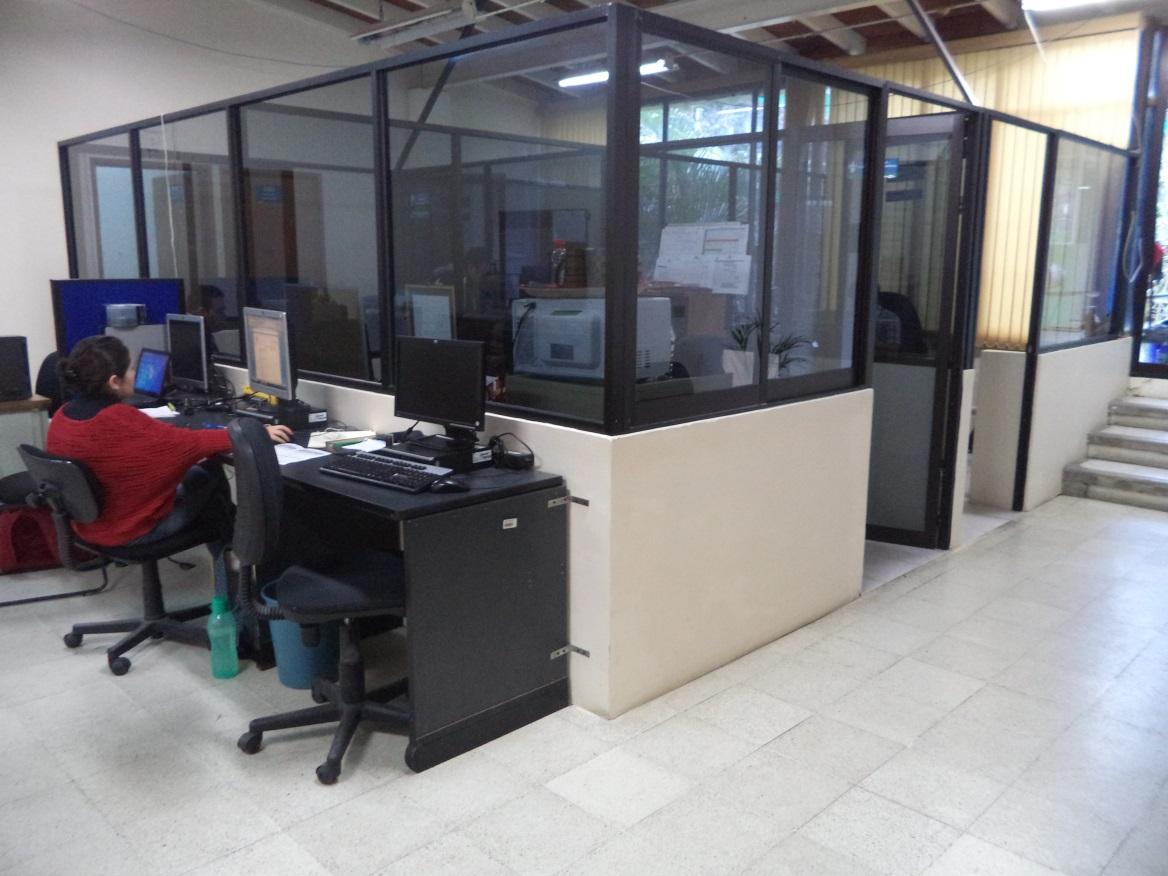 Nueva Área de cubículos de las Coordinación de Posgrados de la Facultad de Contaduria y Administración