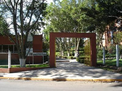 Entrada principal for Facultad arquitectura