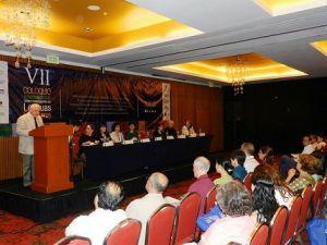 El vicerrector Alfonso Pérez Morales inauguró el evento.