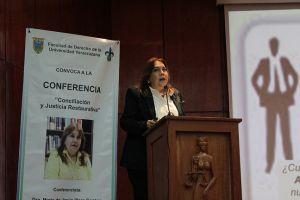 María de Jesús Illera Santos propuso modelos alternativos en la solución de conflictos.