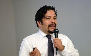 Omar David Stabridis Arana dictó ponencia sobre uso de la estadística en las políticas públicas en México.