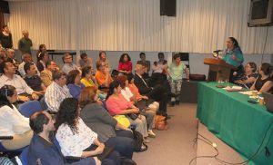 La Rectora destacó el compromiso de formar universitarios integrales.
