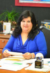 Clementina Guerrero García, secretaria de Finanzas y Administración de la UV.