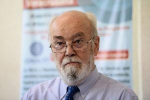El geólogo argentino, Víctor Alberto Ramos, Premio México de Ciencia y Tecnología 2013.