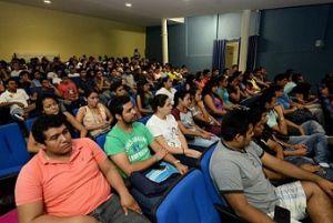 Alumnos de la Facultad de Ingeniería región Veracruz-Boca del Río.