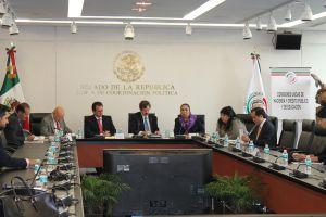 El vicerrector Alfonso Pérez Morales reafirmó el respaldo de la región a la rectora Sara Ladrón de Guevara.