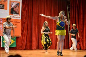 Sheila Alvez afirmó que Brasil, al igual que México, vive la interculturalidad todos los días.