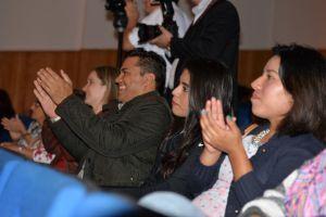 La cantautora brasileña puso a bailar en sus asientos a todos los asistentes.