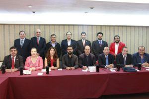 Los representantes de las televisoras y productoras de 15 universidades del país que fundaron la alianza (Foto: Cortesía Canal44).