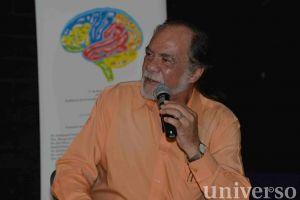 Carlos Manuel Contreras Pérez, investigador adscrito al Instituto de Neuroetología.