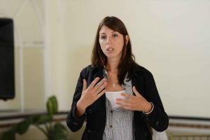 Florencia Nardoni, profesora en Ciencias de la Educación y coordinadora de Tutores de la UNR, de Argentina