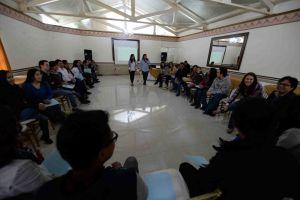 Estudiantes de la UV participaron en el curso-taller de capacitación sobre tutoría de pares