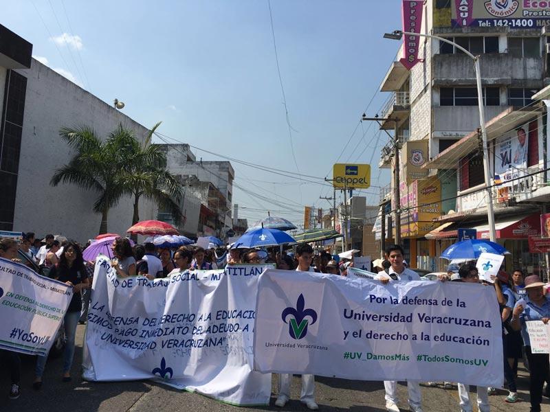 En el campus Minatitlán participaron al menos 250 universitarios