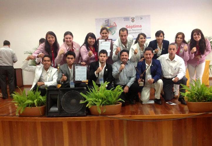 El equipo tras ganar en la VII Feria Nacional de Emprendedores