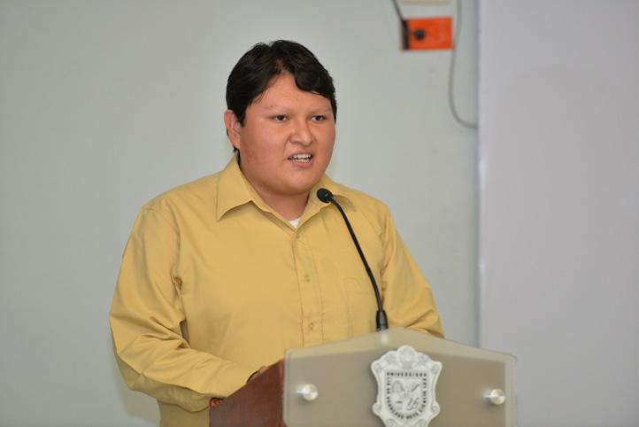Alejandro Vázquez, de la Licenciatura en Matemáticas, agradeció el apoyo de la institución