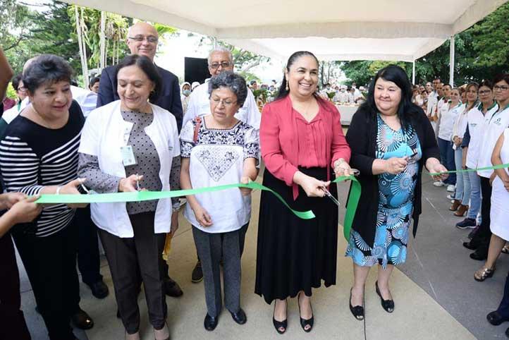 Autoridades universitarias y jueces inauguraron la exhibición
