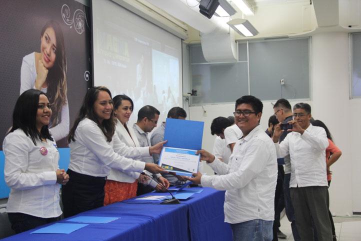 En el marco del evento Imagina, Innova y Emprende fueron premiados los mejores proyectos emprendedores