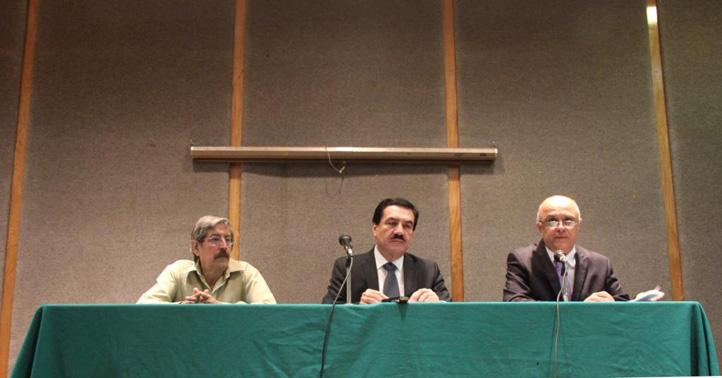 El Secretario de la Rectoría, el Coordinador de Radio UV y el Director General de Comunicación Universitaria hablaron del proyecto de transformación de la radio universitaria
