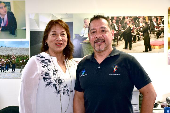 Elena Cortés, asistente de dirección, y Ángel Ciro Silvestre, director artístico de la agrupación