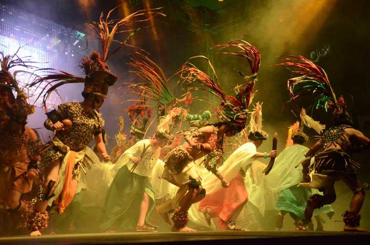 Muchos de los bailarines provienen de otros estados