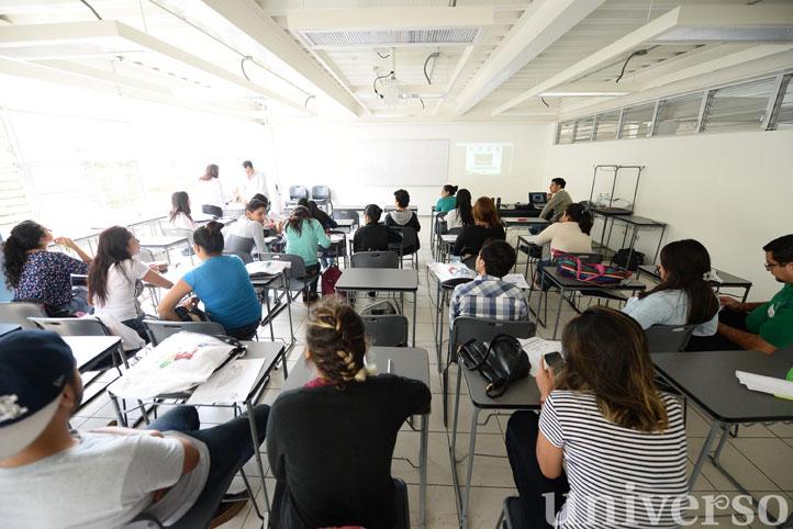 En la Facultad de Pedagogía se impartió capacitación a voluntarios del proyecto MIA