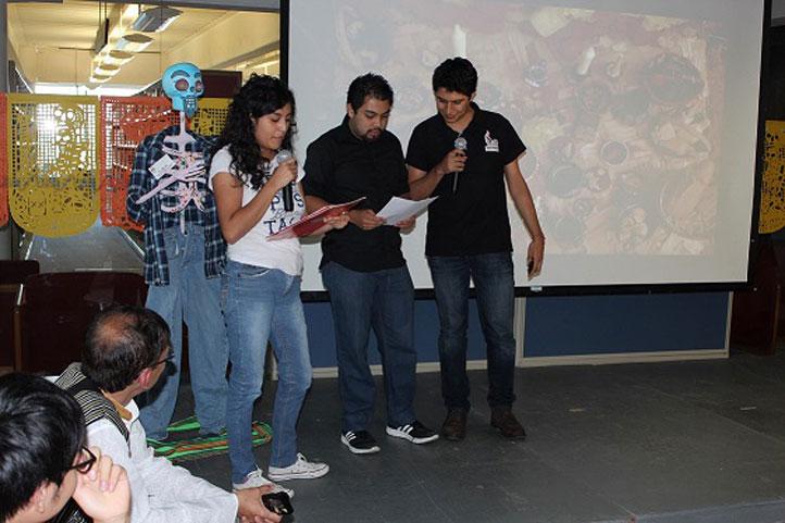 Saraí Ameca, de la Licenciatura en Artes Visuales, calificó el reconocimiento como un honor y un privilegio
