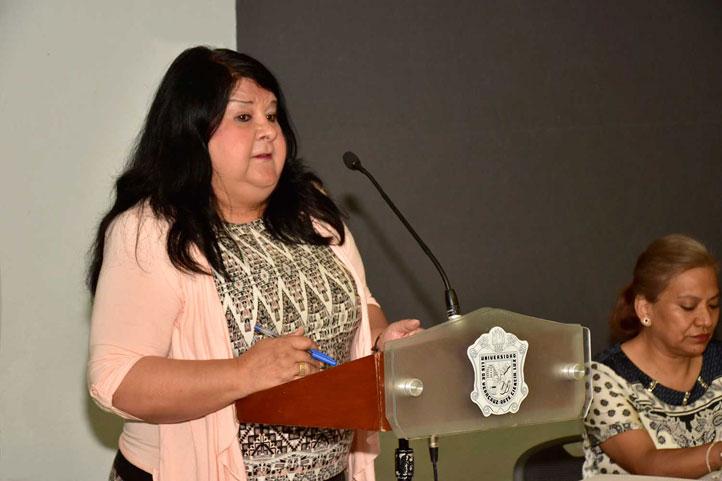 Clementina Guerrero García, secretaria de Administración y Finanzas