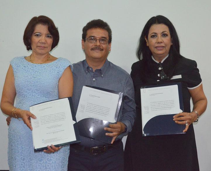 América Espinoza Hernández, Evaristo Hernández Quiroz e Irasema Ramos Aguilar