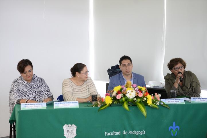 Autoridades y docentes de la Facultad de Pedagogía inauguraron la 2ª Jornada del Área de Conocimiento Pedagógico