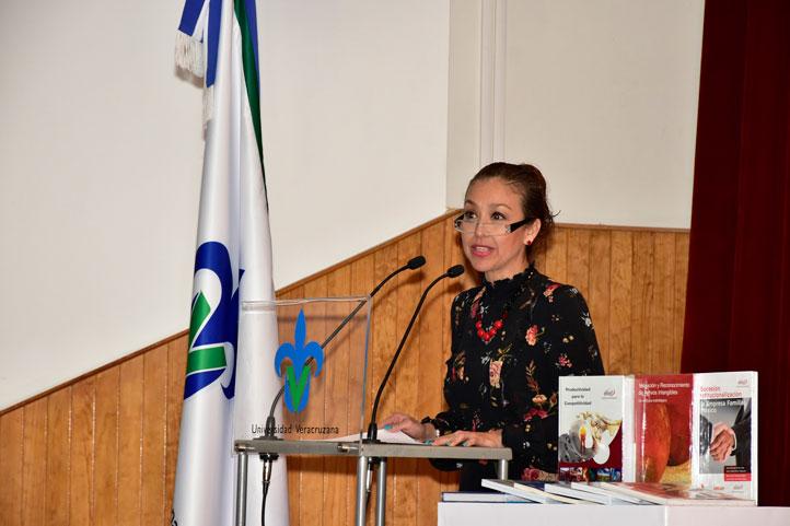 Patricia Arieta Melgarejo, directora de la FCA, inauguró el evento