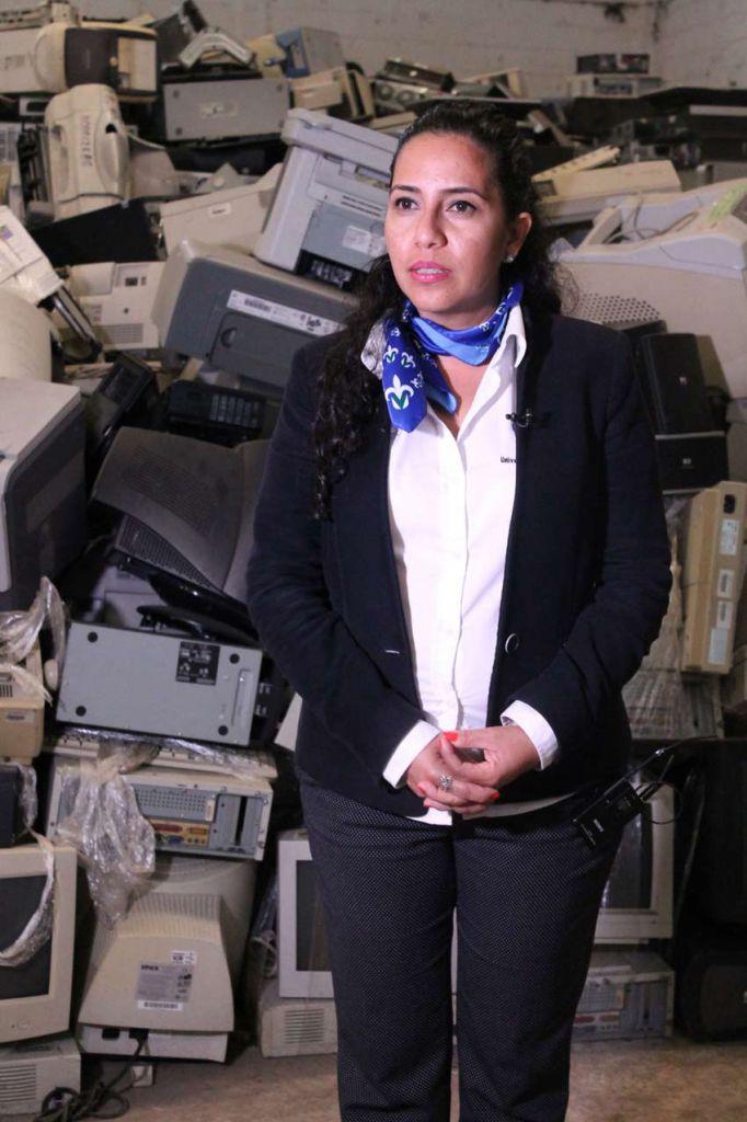 Lucía González Gaytán, directora de Control de Bienes Muebles e Inmuebles en la UV