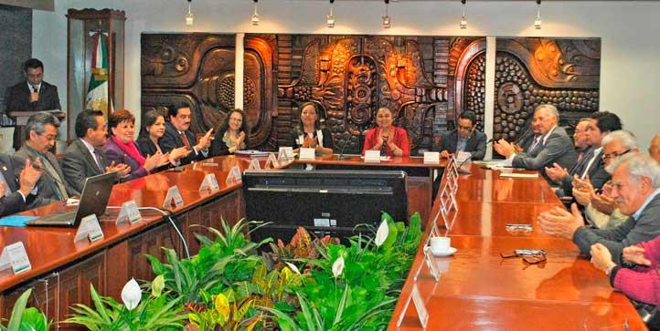 Autoridades universitarias, del INAI y del IVAI presentaron la plataforma PREPArate, primer resultado del PAL de Gobierno Abierto del Estado de Veracruz
