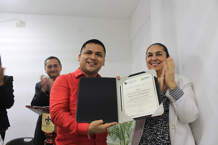 Certificado de calidad al PE Gestión y Dirección de Negocios