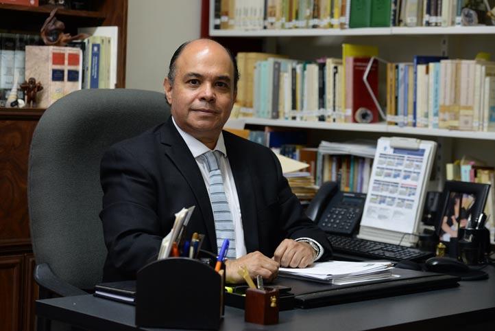 El investigador José Luis Cuevas Gayosso habló de las repercusiones negativas por recorte presupuestal a IES (foto de archivo)