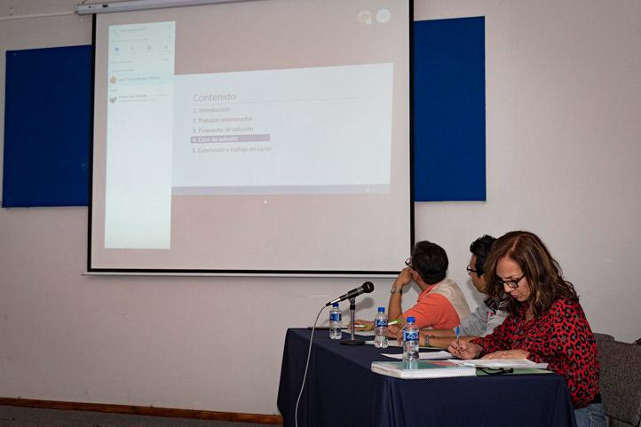 La ponencia se presentó por videollamada