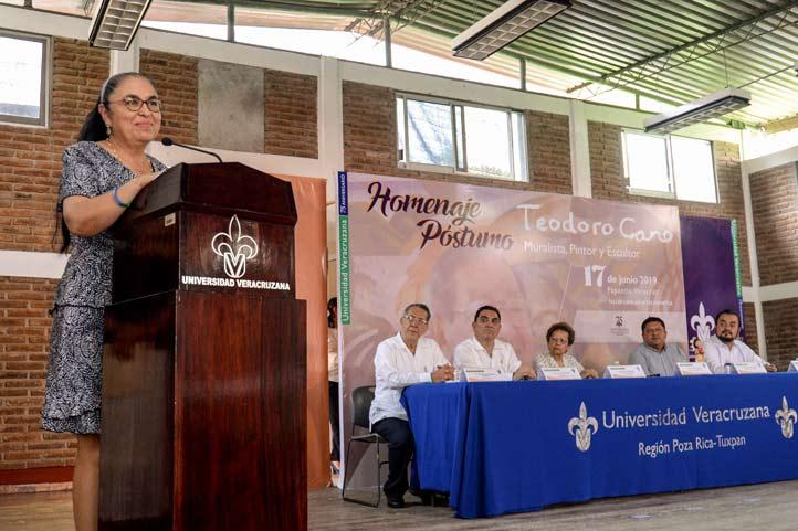 Sara Ladrón de Guevara encabezó el homenaje póstumo al muralista y pintor papanteco, Teodoro Cano García