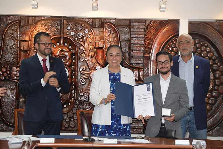 Francisco Watty López habló a nombre de los galardonados