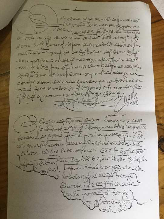 Documento del siglo XVI (del Archivo Claustro de Sor Juana)
