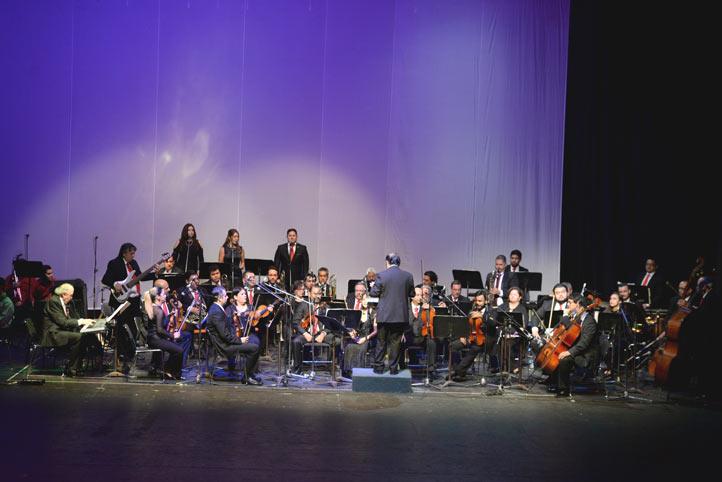 La Orquesta Universitaria de Música Popular abrió el magno concierto