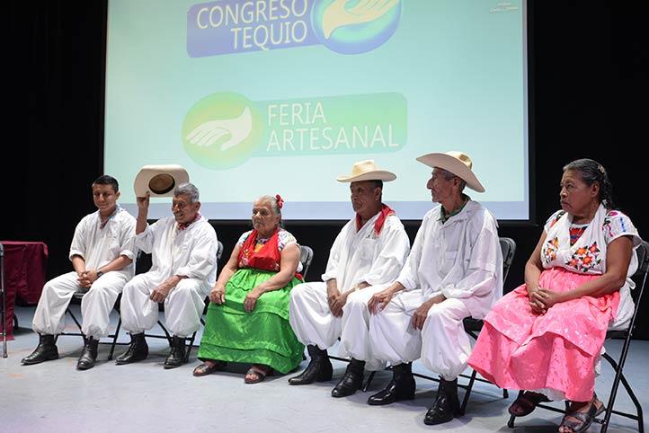 IIESES de la UV les convocó a un conversatorio en la capital veracruzana