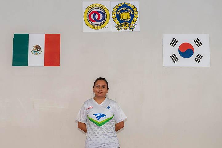 La entrenadora Daniela Pineda Rosas