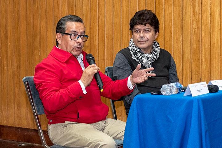 """Vicente Espino y Ricardo Benet, durante la charla en el Coloquio """"Filmado en Veracruz"""""""