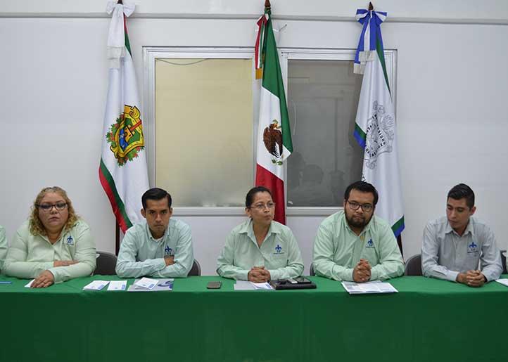 La directora de la Facultad de Contaduría, Edalid Álvarez Velázquez, anunció la creación del nuevo PE