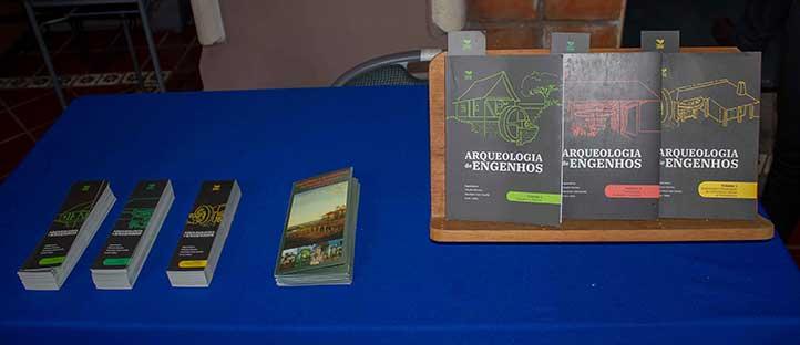 Arqueologia de Engenhos la integran tres volúmenes